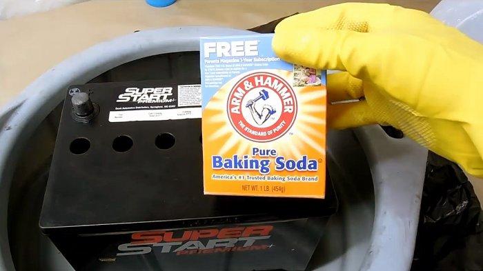 Как восстановить автомобильный аккумулятор пищевой содой